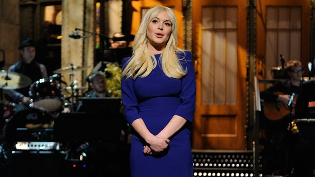 Celebrity Sunday: Lindsay Lohan on SNL.