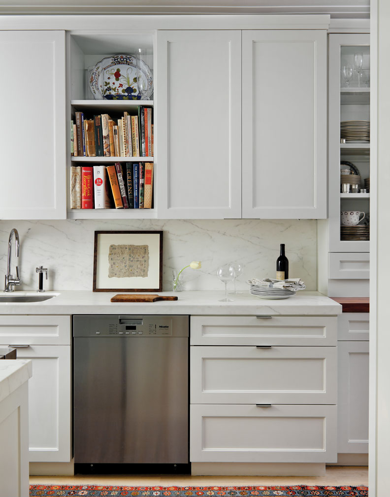 Minimalist apartment kitchen: pure studio apartment for urban ...