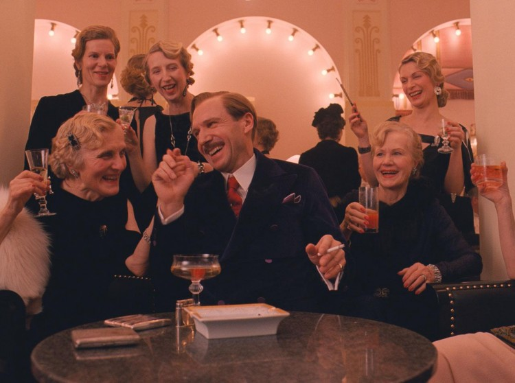 hr_The_Grand_Budapest_Hotel_9-1