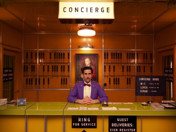 item1.rendition.slideshowWideVertical.grand-budapest-hotel-set-02-concierge